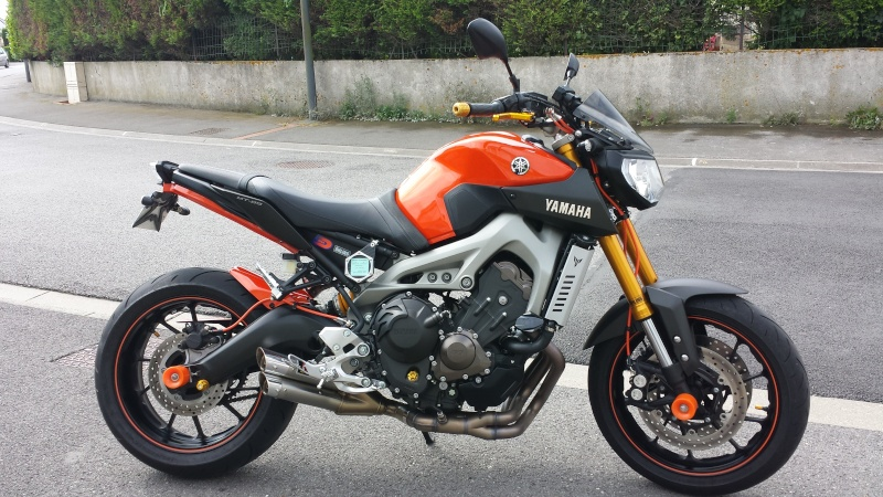 Photos de toutes les Yamaha MT-09 du forum ! :) 674846Ysgrd00
