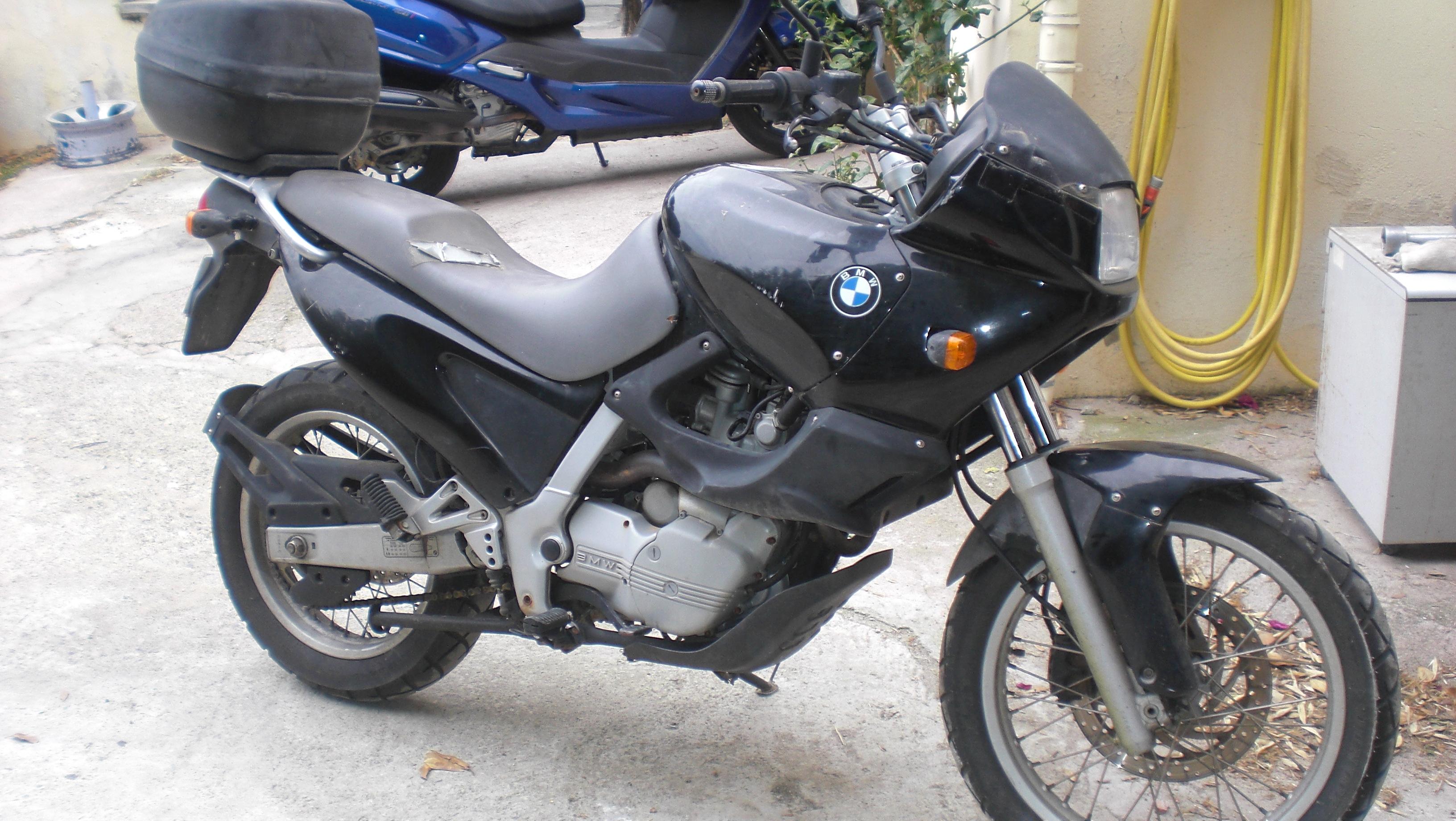 La voilà, la F 650 made in Corsica 676779CIMG9059
