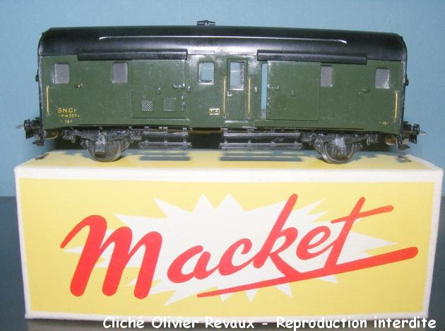 Macket marque lyonnaise 677408MacketfourgonNordR