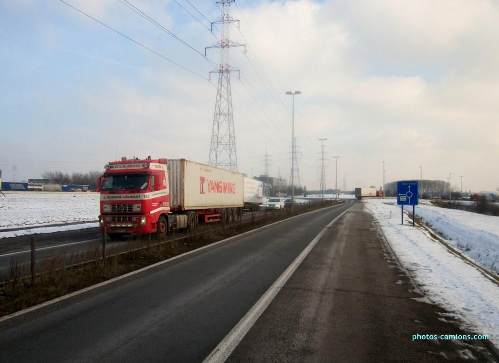 M.V.H Trans (Mermans-Van Houdt)(Retie)(groupe Van Moer) 684651photoscamions25I2013198Copier