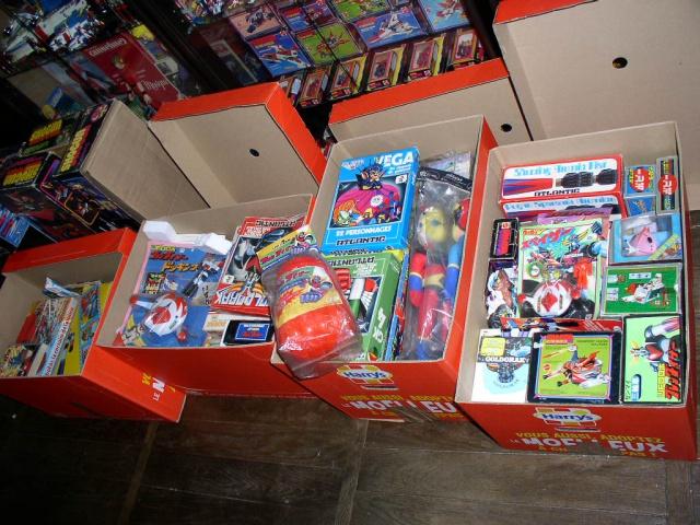 Collection n°270 : Djdavid55: jouets page 01, salle de ciné page 02 - Page 7 685530P1010001