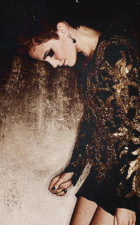 Emma Watson - 200*320 686578emmahalloween2