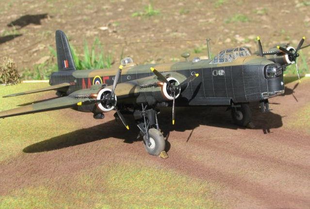 Short Stirling MkIII BF-513 Italeri 1/72, 2ème !!!!!....Terminé!!! - Page 4 686594IMG7142