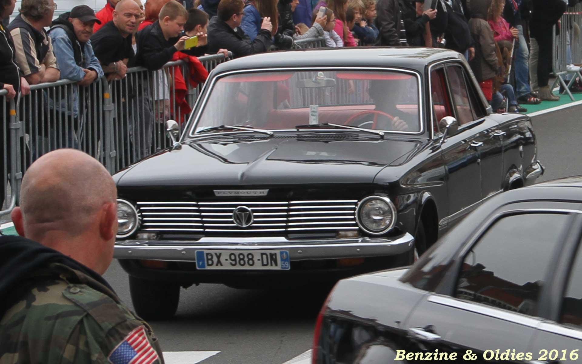 rassemblement concentration expo défilé de voitures américaines à Hénin-Beaumont 689115street201605290015w1920
