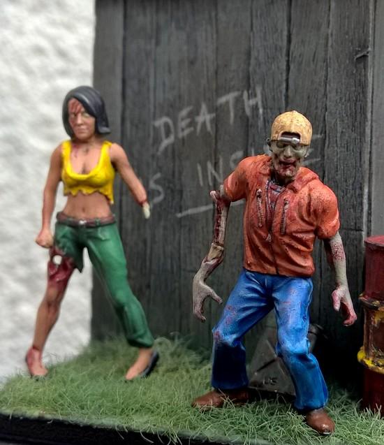 Zombies et Noël 690934Zombie19