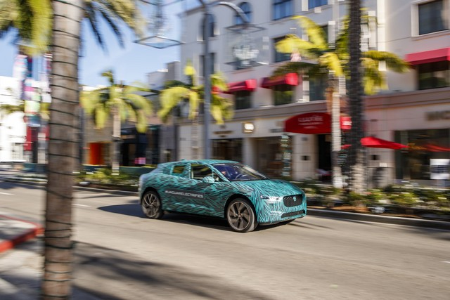 Le Jaguar I-PACE en road trip électrique à Los Angeles 691111jipaceroadtrip061217012