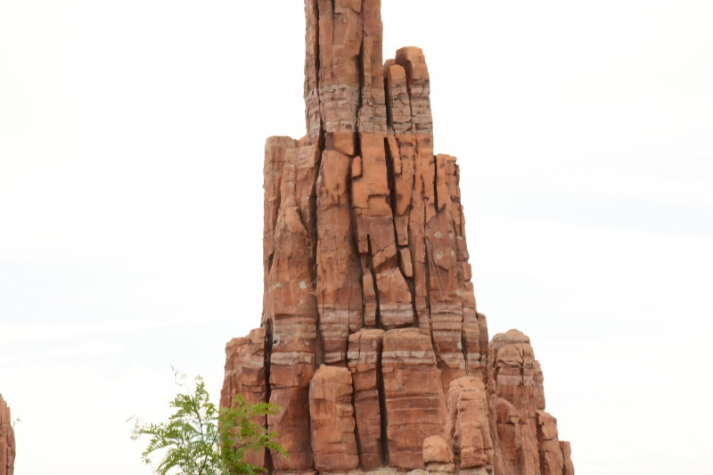 Big Thunder Mountain - Réhabilitation [Frontierland - 2015-2016] - Page 37 691767Disney220616018