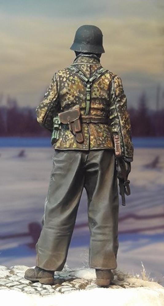 "Figurine ""Alpine miniature"" LAH Grenadier 1/35ème 692209LAH35097Back"