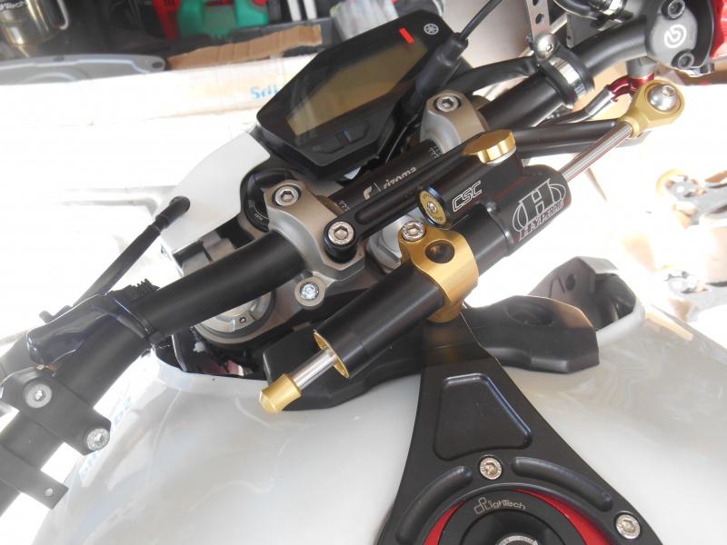 MC de frein AR au pouce 695402amortisseurdirectionyamahaMT09ulteambike2