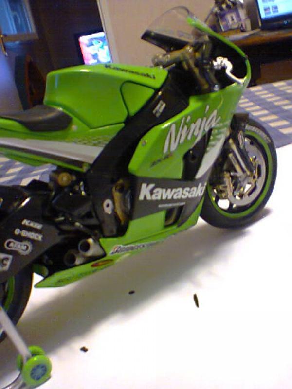 Kawasaki NINJA  tamiya 1/12  695547kawa4