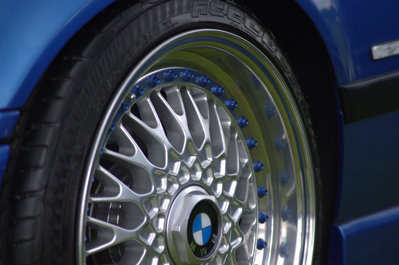 Les BMW du Net [Californian/German/British Look inside] - Page 17 699846IMGP7730