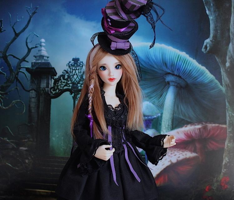 Elsa vous souhaite une Bonne Année (Enni Sensei's Dolls) p8 - Page 4 700508Chapeliremoitie4