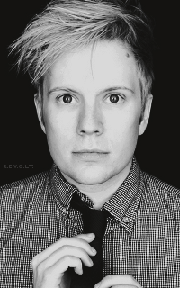 Patrick Stump ○ 200*320 701800PaS32