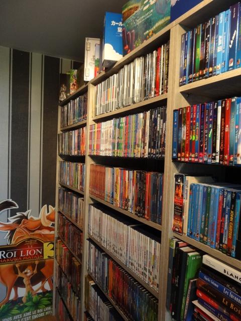 [Photos] Postez les photos de votre collection de DVD et Blu-ray Disney ! - Page 5 707979DSC084551