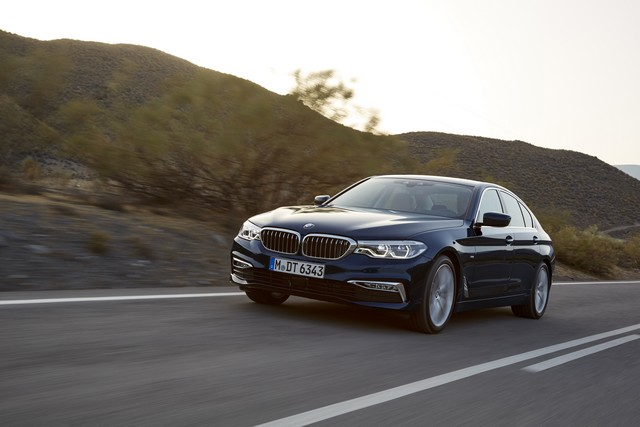 La nouvelle BMW Série 5 Berline. Plus légère, plus dynamique, plus sobre et entièrement interconnectée 710003P90237309highResthenewbmw5series