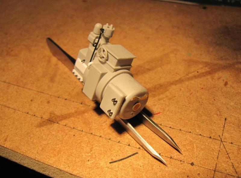 U-552 TRUMPETER Echelle 1/48 - Page 5 71506085z4