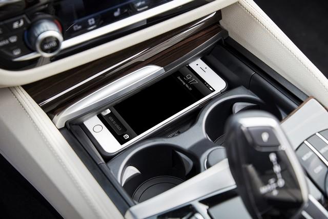 La nouvelle BMW Série 5 Berline. Plus légère, plus dynamique, plus sobre et entièrement interconnectée 715493P90237259highResthenewbmw5series