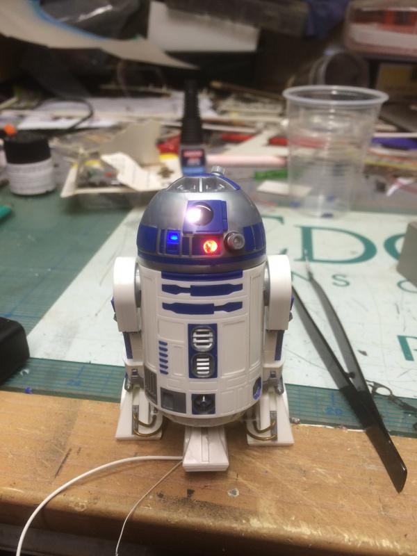 R2-D2 et C3-PO (et R5-D4) 716016IMG0239