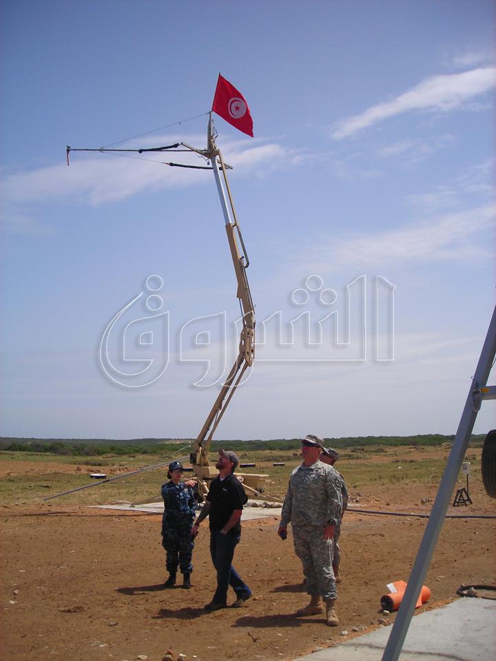 الطائرة بدون طيار الامريكية ScanEagle في تونس 717178mar1392296849