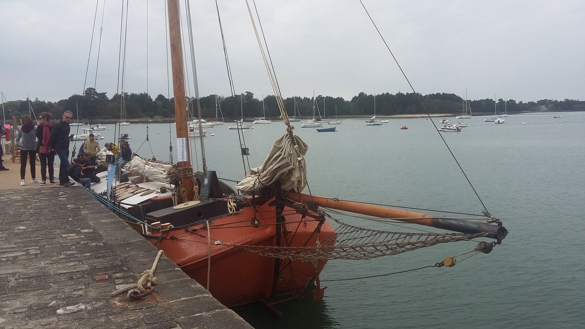 [ Marine à voile ] Vieux gréements - Page 3 7172561attirparcedroledevoilier