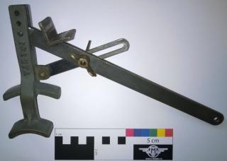 Los instrumentos 721328WP20151109006