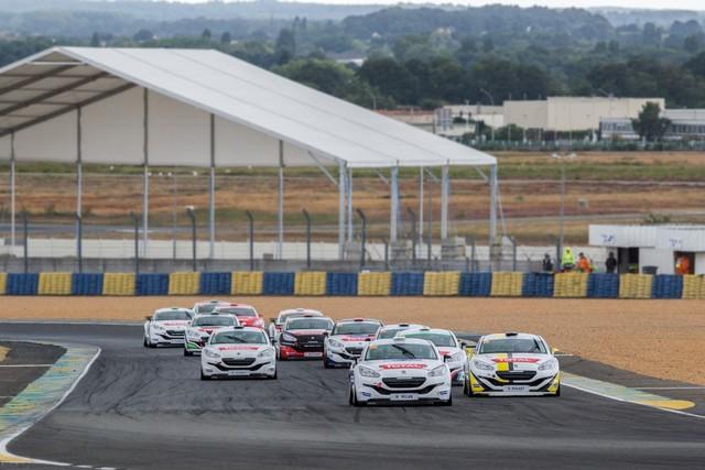 RCZ RACING CUP - Nicolas Milan et David Pouget dos à dos au Mans 72472157d588caaca6b