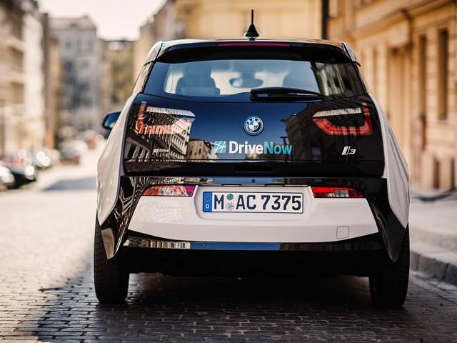 BMW Group : 1er constructeur automobile fournisseur de services à la mobilité électrique avec l'extension de son offre ChargeNow en France  724975P90190781highResbmwi3atdrivenowb