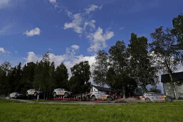 Rallye de Finlande 2015 : Latvala reste maître chez lui  725078thd032015wrc08bk11493r