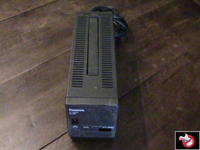 Caméra Panasonic PK-750 et VCR Portable NV-8410 72686924