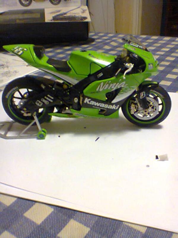 Kawasaki NINJA  tamiya 1/12  731549kawa3