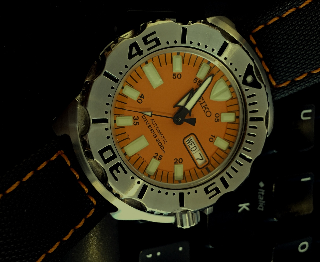 Votre montre du jour - Page 18 732358OMonster13