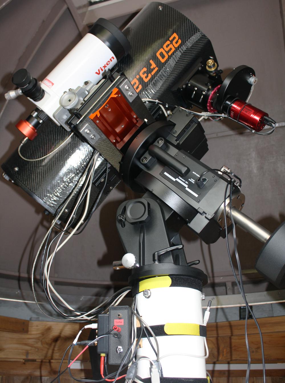 Construction astrographe de 250 F3.2 en carbone 733855AN2502