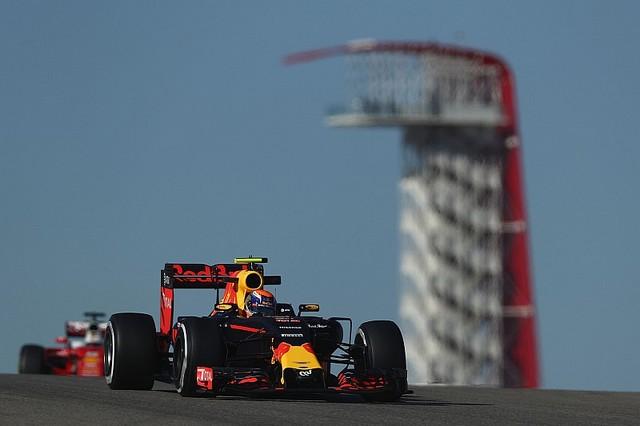 F1 GP des États-Unis 2016 (éssais libres -1 -2 - 3 - Qualifications) 7365842016maxverstappenredbullracing