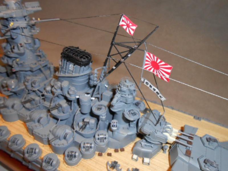 HMS Cornwall Croiseur Pesant 1/350 de Trumpeter 738613Yamatofini015