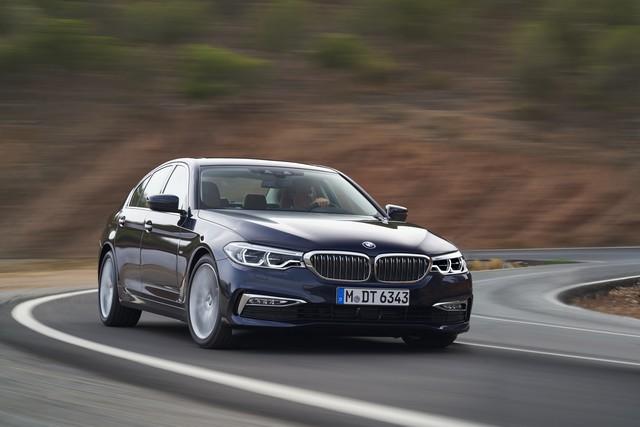 La nouvelle BMW Série 5 Berline. Plus légère, plus dynamique, plus sobre et entièrement interconnectée 739009P90237315highResthenewbmw5series