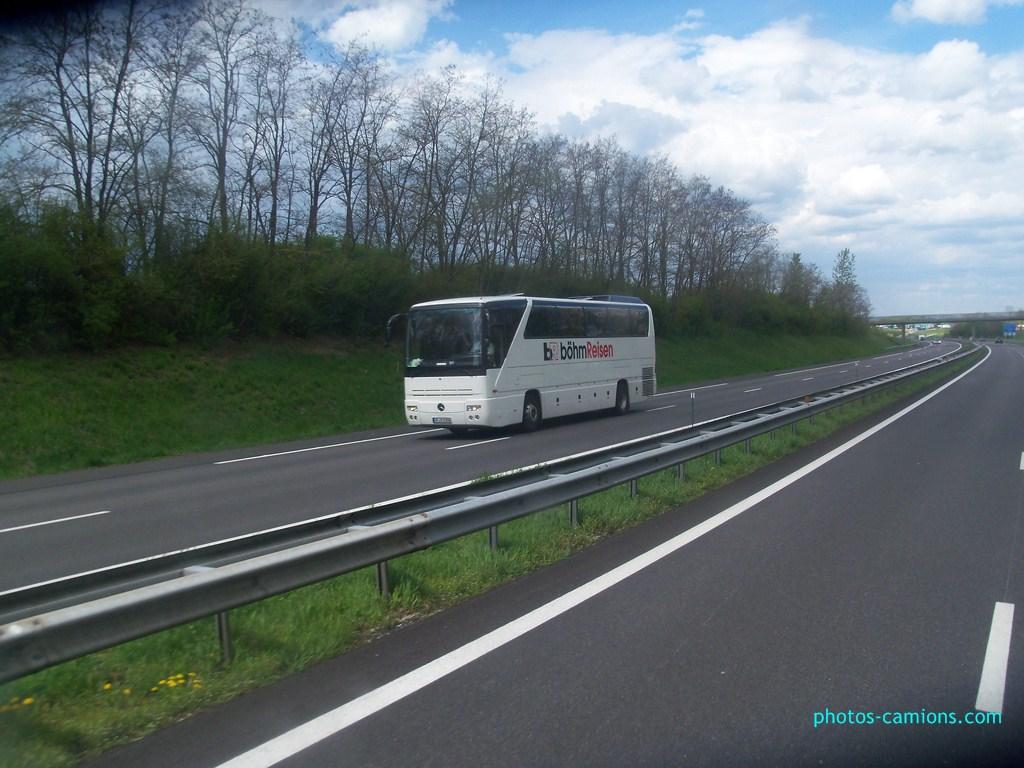 Cars et Bus d'Allemagne - Page 3 739242photoscamions4Mai2012105Copier