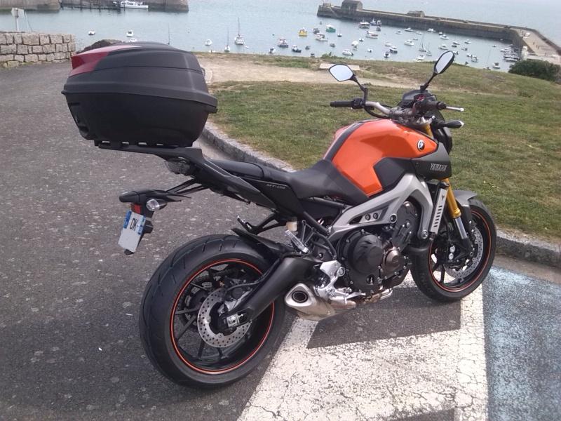 Photos de toutes les Yamaha MT-09 du forum ! :) 739257YDiego847