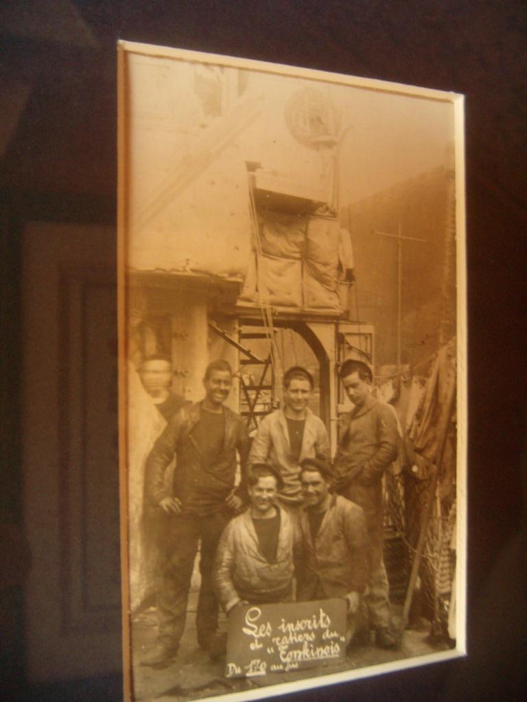 [ Blog visiteurs ] Mon père a été Marin à bord du Tonkinois 742440Et2011Crieletlereste067