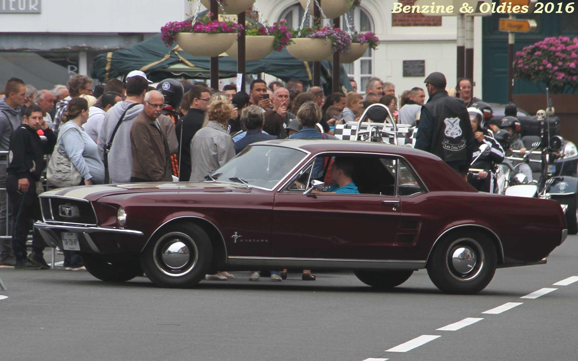 rassemblement concentration expo défilé de voitures américaines à Hénin-Beaumont 742586street201605290043w1920