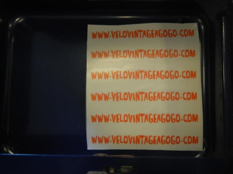 L'autocollant www.velovintageagogo.com en vente 745273DSCN7005