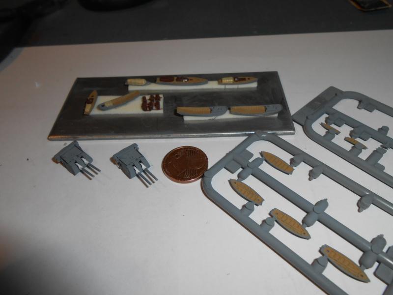 Kaga/Tenryu 1932 1/700 PE/Ponts en bois+Babioles - Page 2 746323DSCN7133