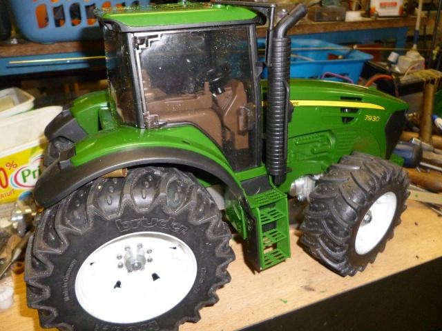 Tracteur Bruder John Deere 746968P1020859