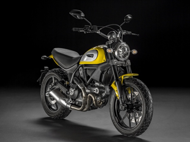 La nouvelle Ducati Scrambler est là.... 747174ducatiscrambler20150311274752jeaec