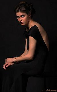 Alexandra Daddario - 200*320 749937AlexandraDaddarioSpendInMagazine05