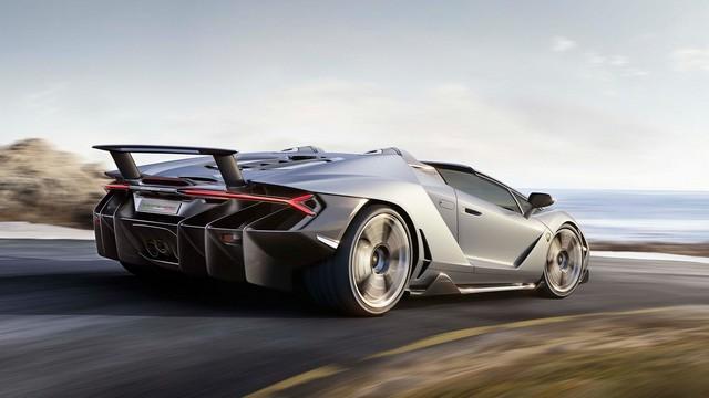 Lamborghini a dévoilé sa Centenario Roadster à Pebble Beach  751290gallery4