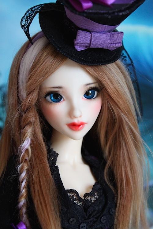 Elsa vous souhaite une Bonne Année (Enni Sensei's Dolls) p8 - Page 4 751591ChapelirePortrait