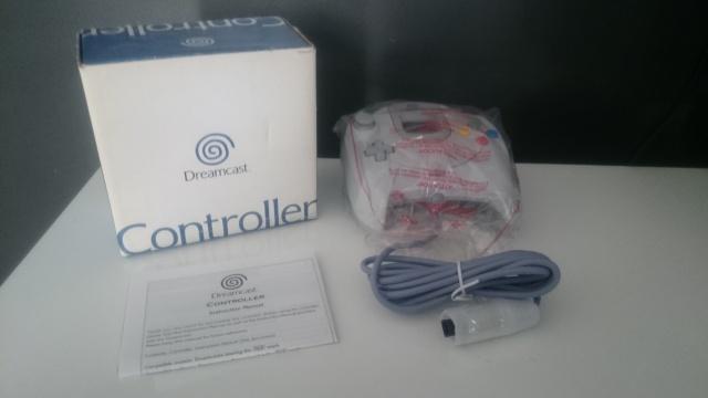 [VDS] Manette Dreamcast Neuve en boite 752110DSC0675