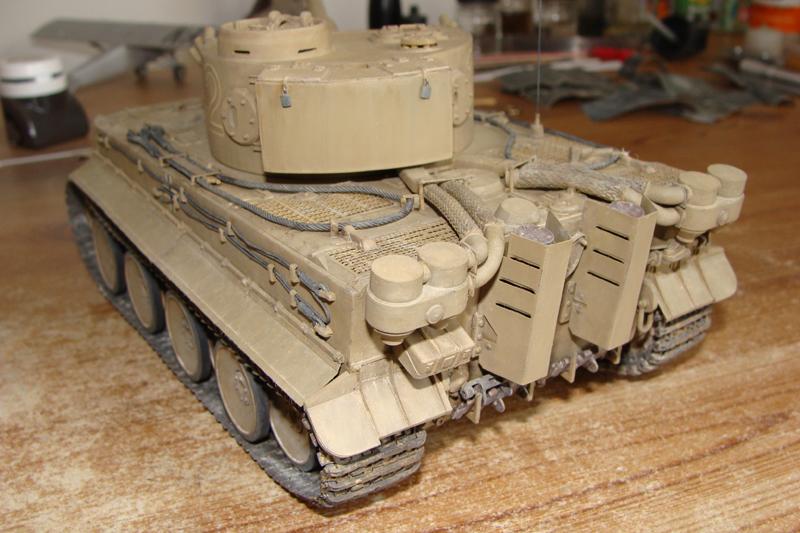 Tigre I - Tamiya ref 35156 - 1/35 - Page 5 754796DSC05432