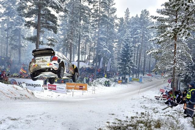 Rallye de Suède : Ogier maîtrise une tâche herculéenne, Volkswagen défend sa position de leader  756730hd012016wrc02dr17813