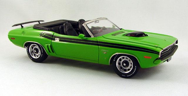 La revue de l'année 2012! Une présentation de MCB Motorsport! 757838challenger71021